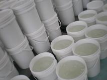 水性粘尘剂